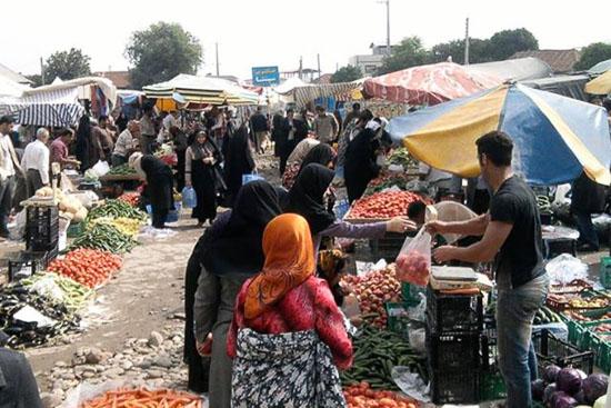 بازار هفتگی صومعه سرا