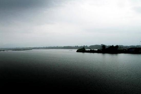 عکس دریاچه سد سنگر رشت