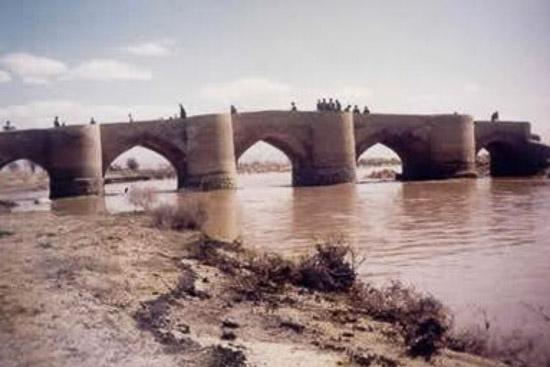 پل تاریخی جهان آباد