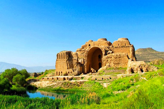 کاخ ارشیر بابکان فارس