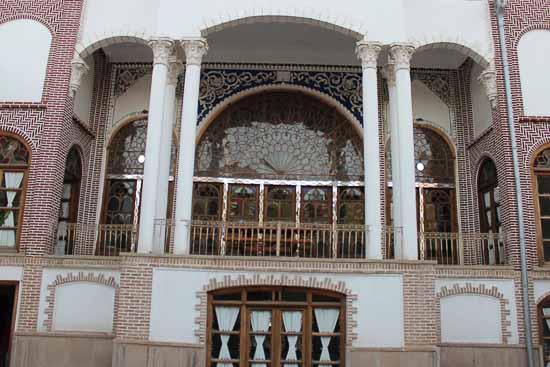 پارک ولیعصر ( پارک موزیکال تبریز)