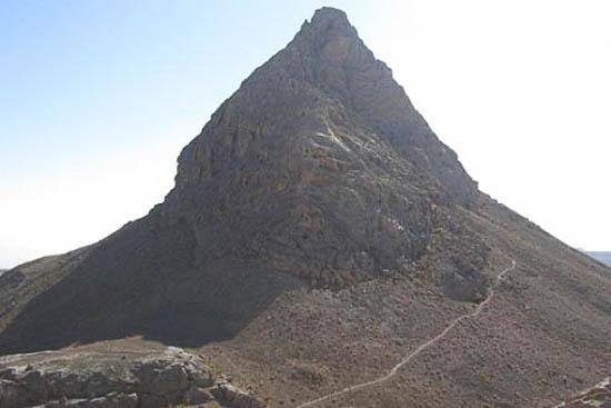 رشته کوه ماهدشت دامنه کوه
