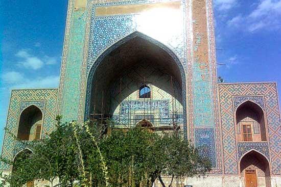تصویر آرامگاه مولانا ابوبکر تایبادی