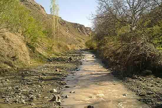تصویر سد کمایستان ( زرقان )