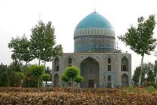 تصویر آرامگاه خواجه ربیع