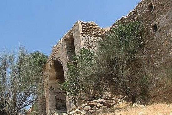 کاروانسرای میان کتل فارس