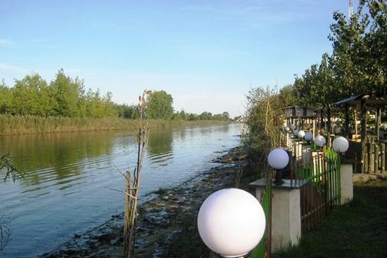 رودخانه چمخاله