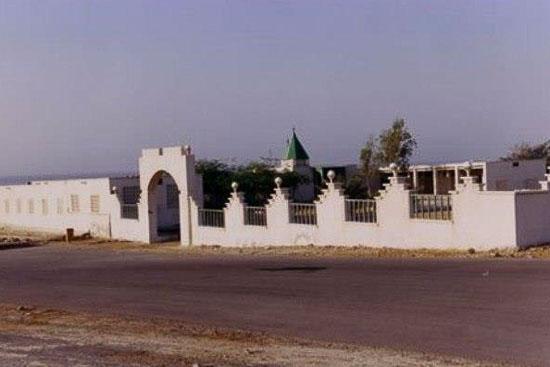 زیارتگاه شاه شهیدان قشم عکس