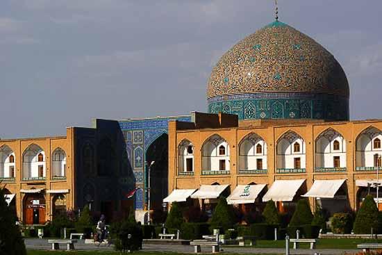 مسجد شیخ لطف اله گنبد