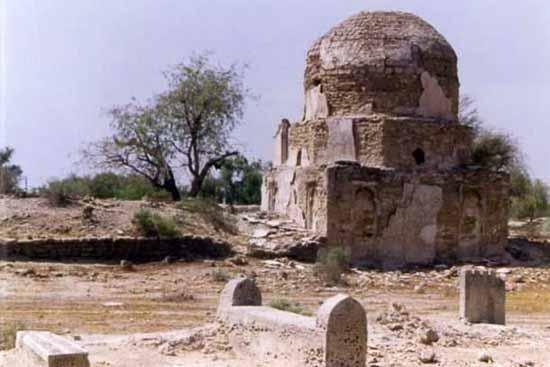 گورستان روستای توریان عکس
