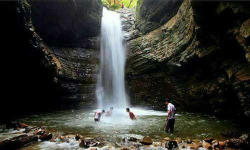 چشمه آب معدنی علی زاخونی