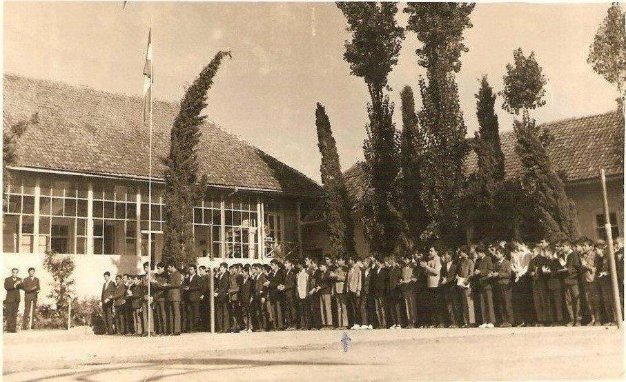 مدرسه حکیم نظامی