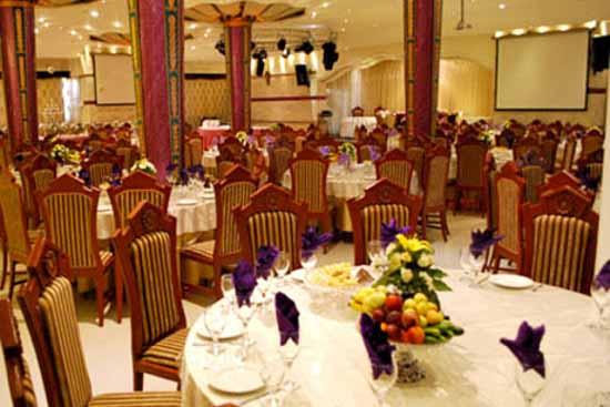 رستوران قصر هدیش