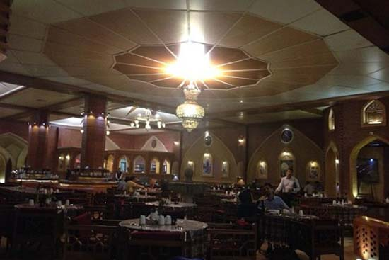 رستوران جم نشین غذا
