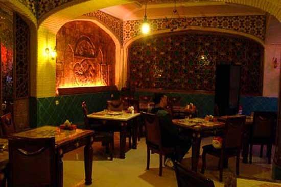رستوران پوریا غذا